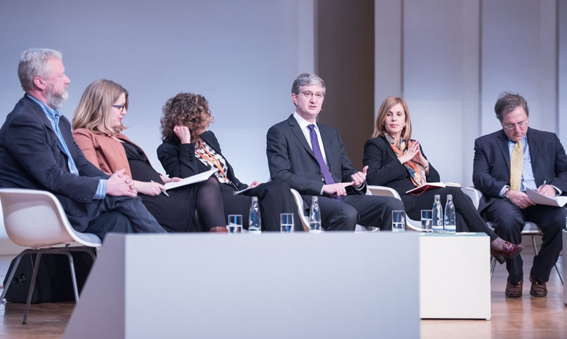 Photo of Professor Felten participating in a panel discussion at the Princeton-Fung Global Forum in Berlin.